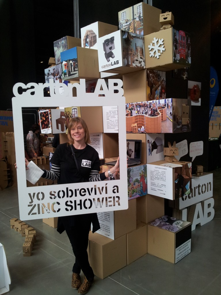 cartonlab_zincshower_stands carton_4