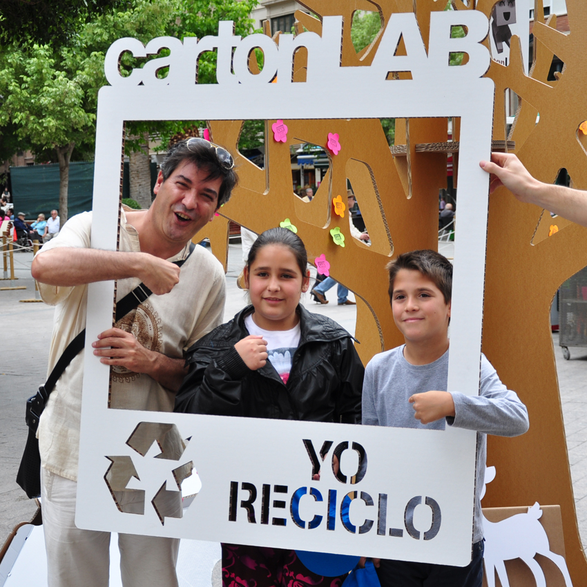 cartonlab_photocall carton_dia reciclaje