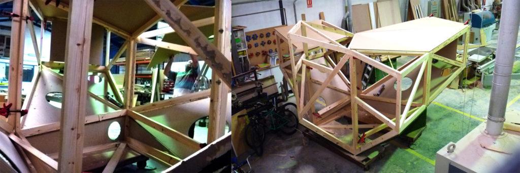stand interactivo base estructura esqueleto madera diseñado por Cartonlab