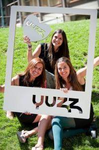 Yuzz_cartonlab_stands-carton_yuzzing-2