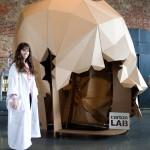 zincshower-stand-carton-cartonlab-cardboard-design-02