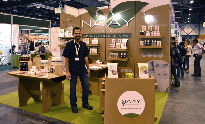 Na y botanicals cartonlab for Stand carton