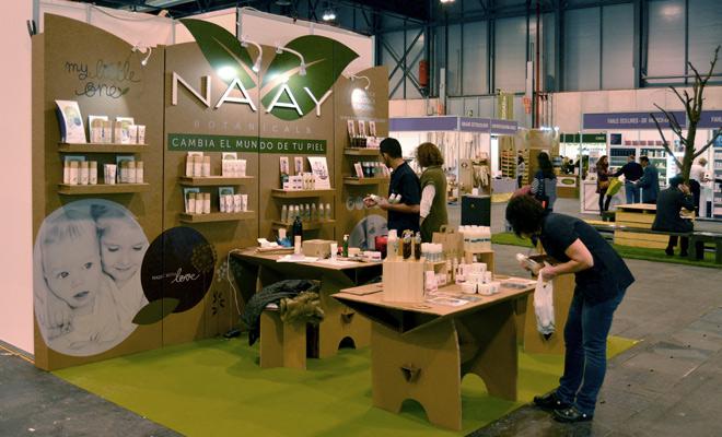 stand-biocultura-carton-cartonlab-naay-botanicals-02b