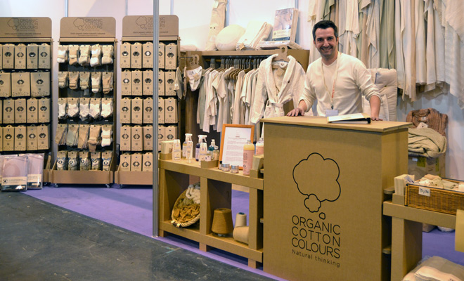 Stand biocultura para organic cotton colours for Stand carton