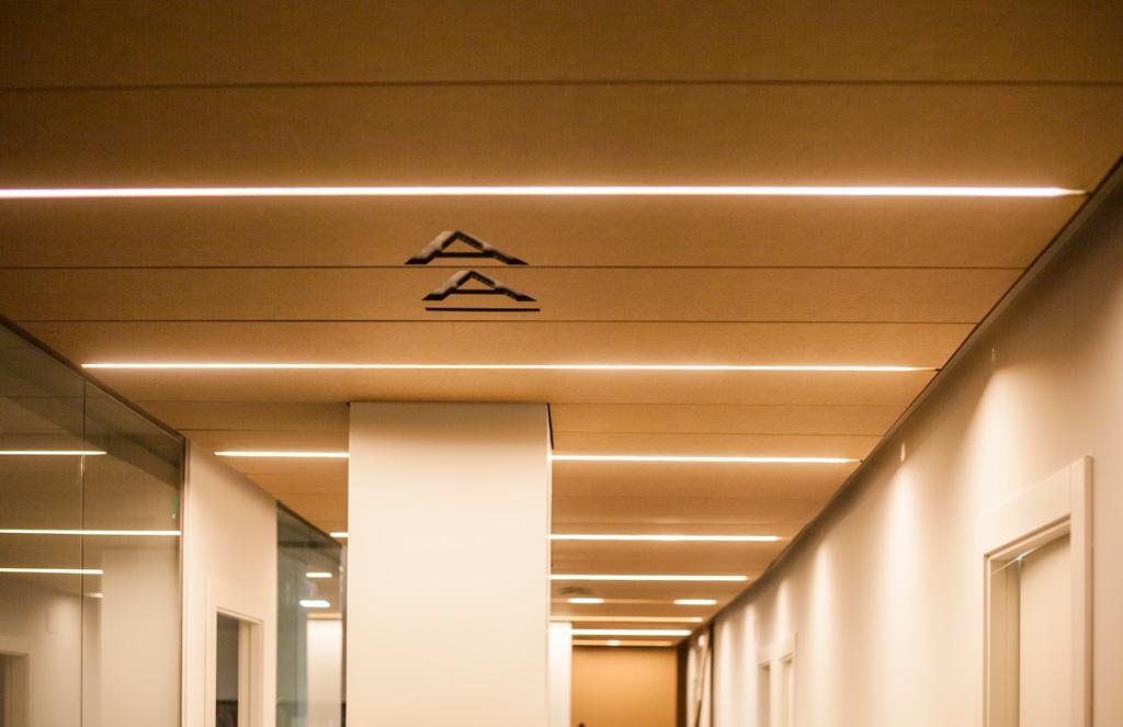 Paneles decorativos para techos finest panel decorativo - Techos decorativos de madera ...