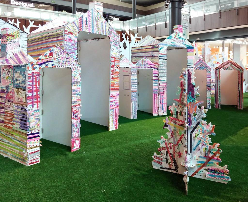 actividades infantiles en centros comerciales cartonlab árbol de cartón de navidad navideño decoracion aldea gnomos taller washi tape diy