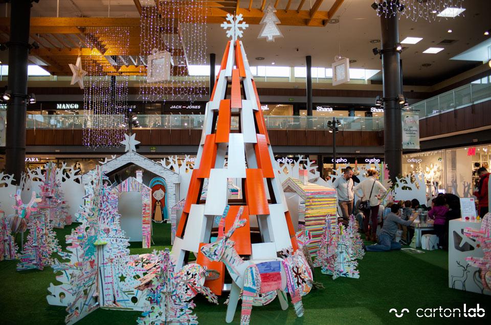arbol navidad centro comercial decoracion navidad cartonlab (4)