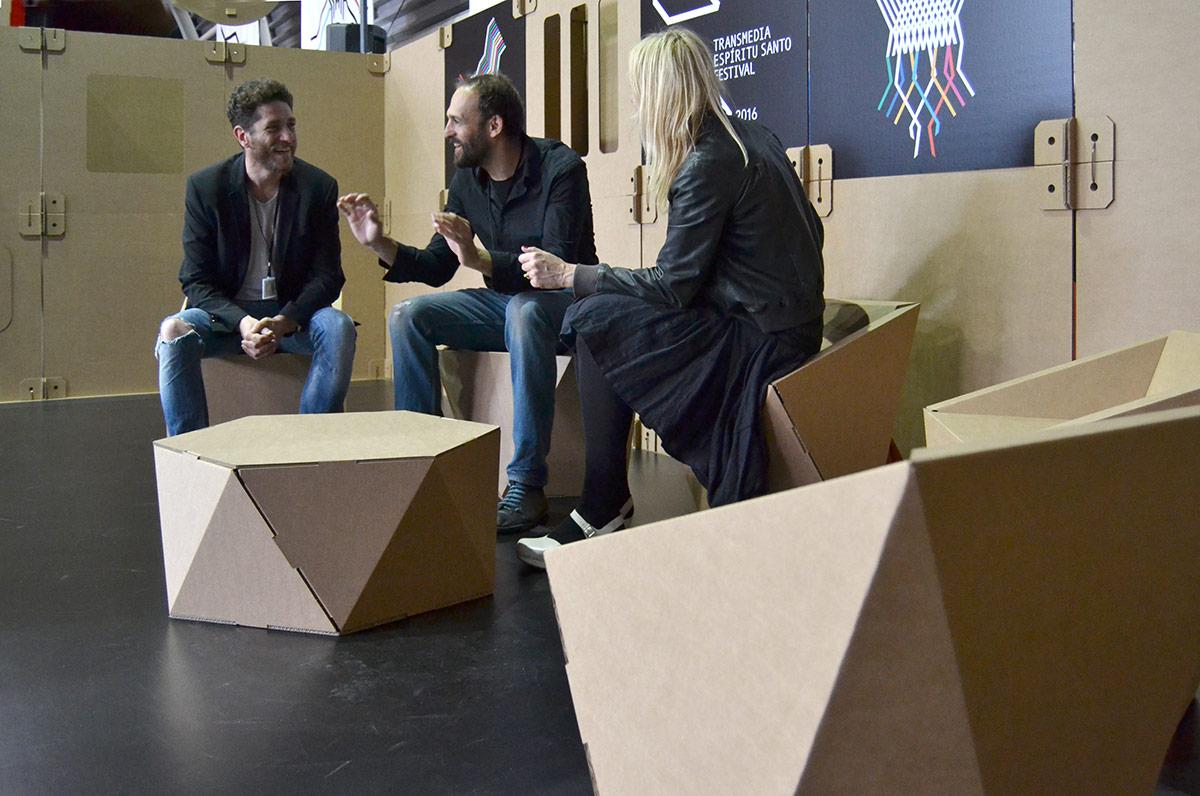 zona-lounge-sillas-carton-cartonlab-