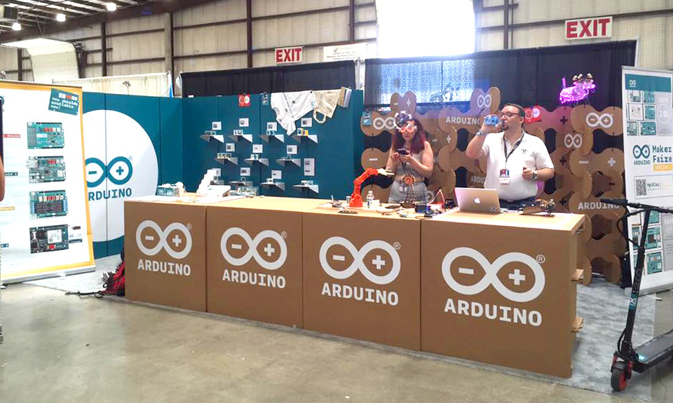 arduino-makes-fair-stand-carton-celosia-cartonlab-san-francisco