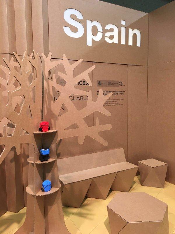 stand carbon expo booth cardboard cartonlab spain icex banco carton