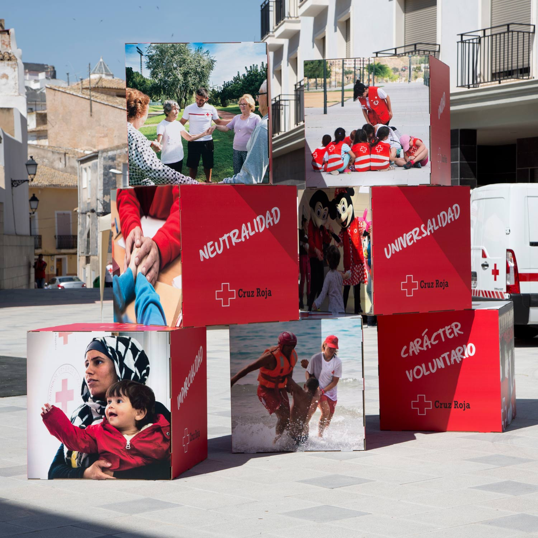 cubos de carton gran formato marketing