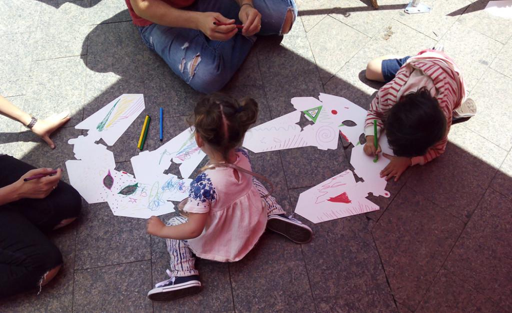 dia-internacional-reciclaje-taller-infantil-cartonlab