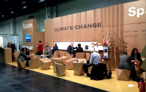 stand-carbon-expo-booth-cardboard-cartonlab-spain-icex