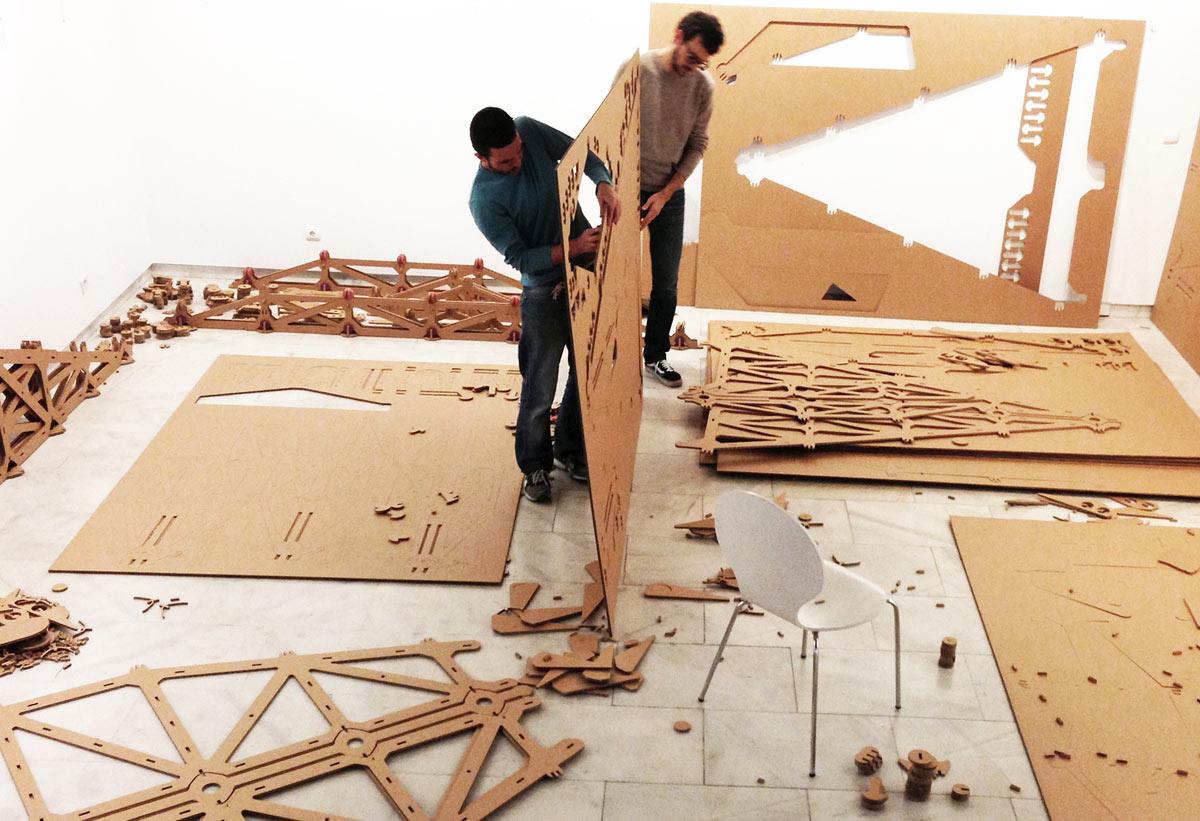 lampara-carton-montaje-instalacion-cartonlab-02