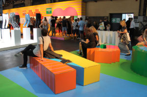zona descanso letras carton bread butter berlin decoracion eventos cartonlab 01