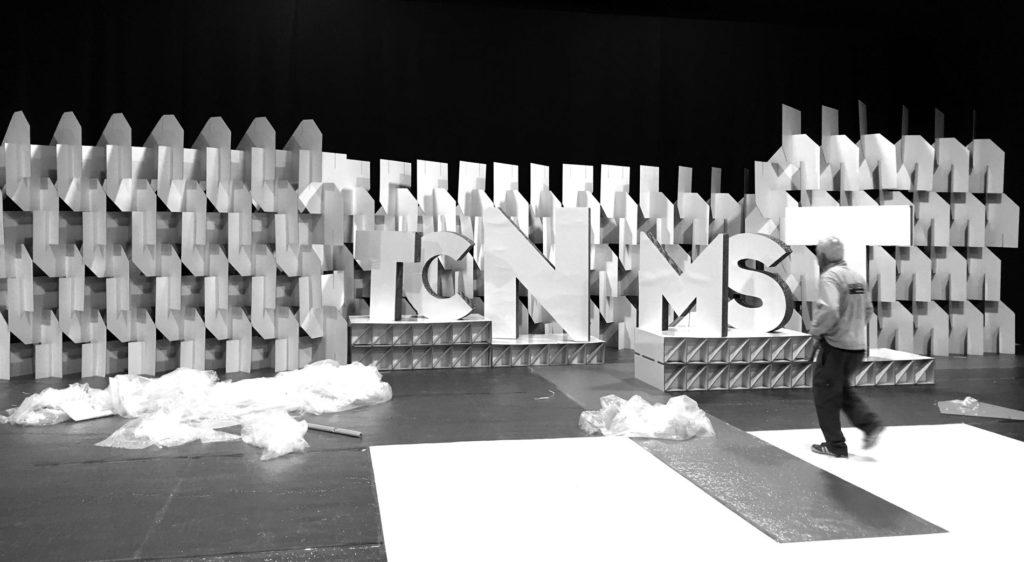 decoración escenario plato televisión biombo modular carton