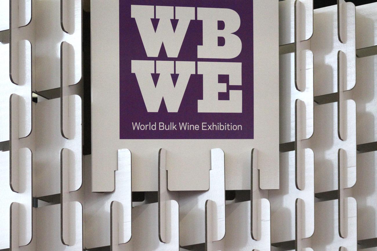 stand para feria de vino world bulk wine exhibition diseño modular
