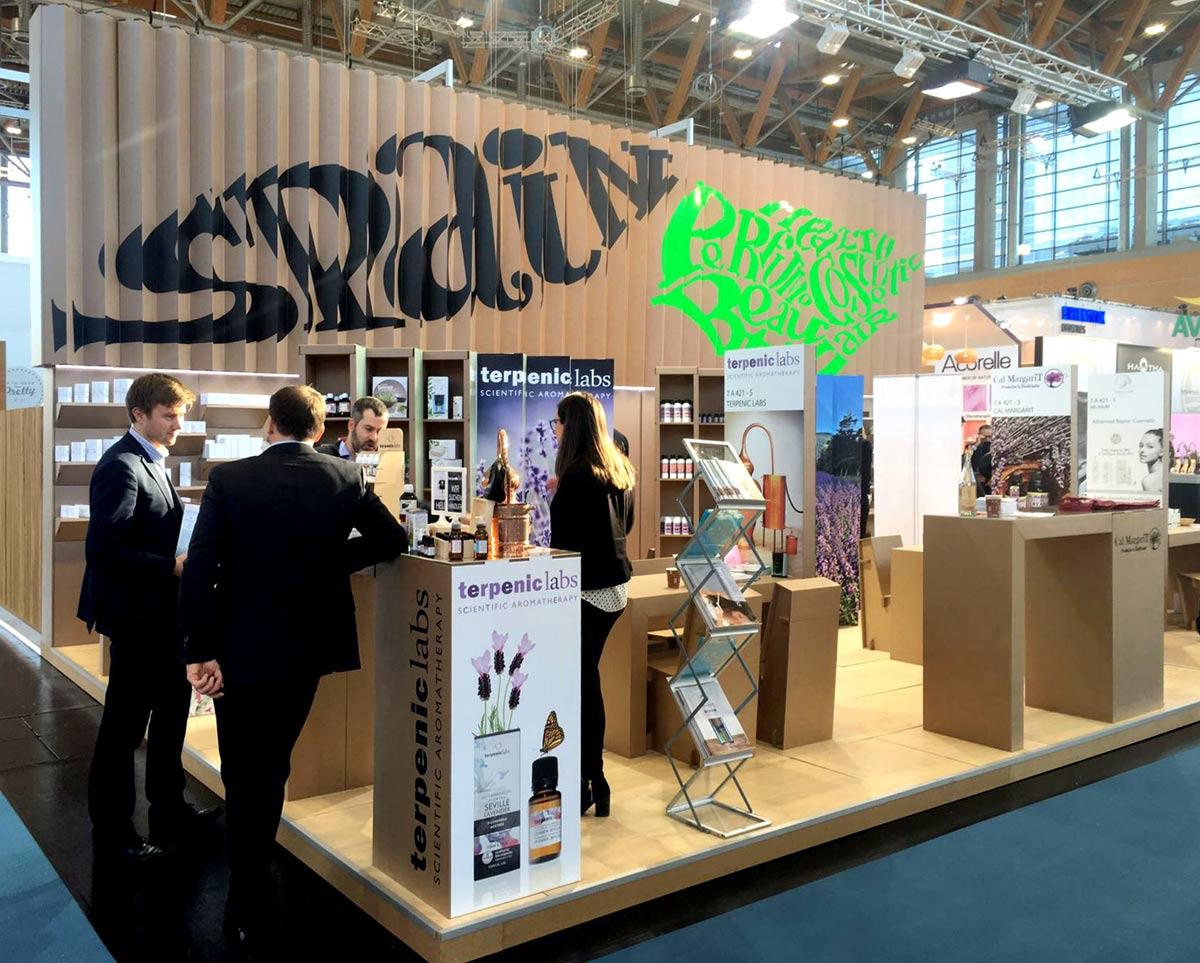 Muebles Expositores : Stand en vivaness para icex cosmética ecológica