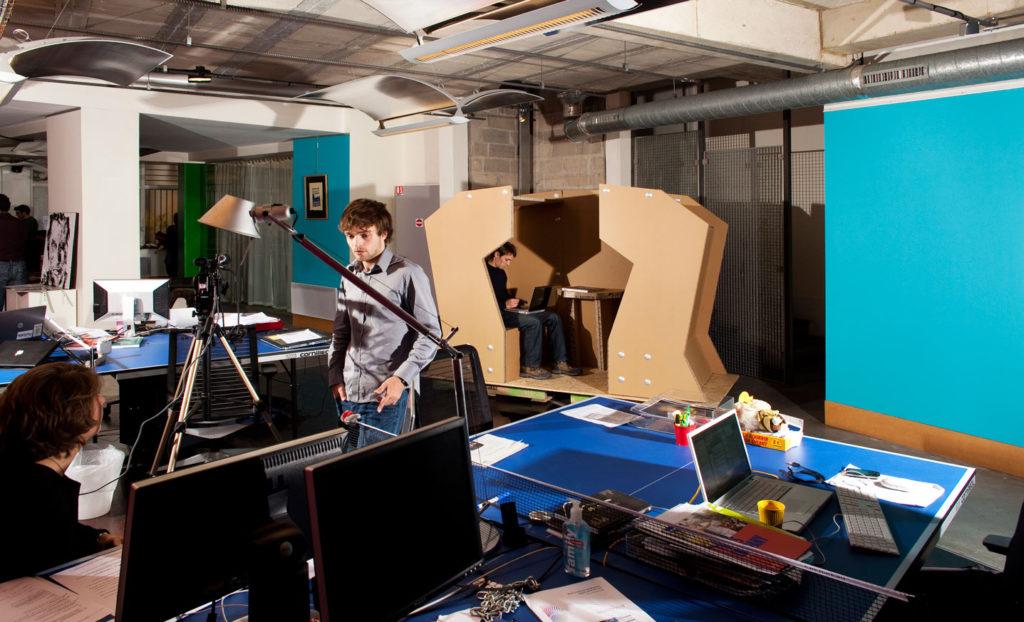 coudamy cellulose81 cardboard cabines cabinas carton espacios de trabajo abiertos