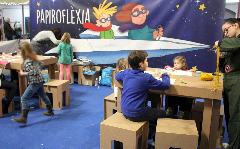 decoracion mobiliario para ludoteca carton cartonlab muebles niños infantil 03