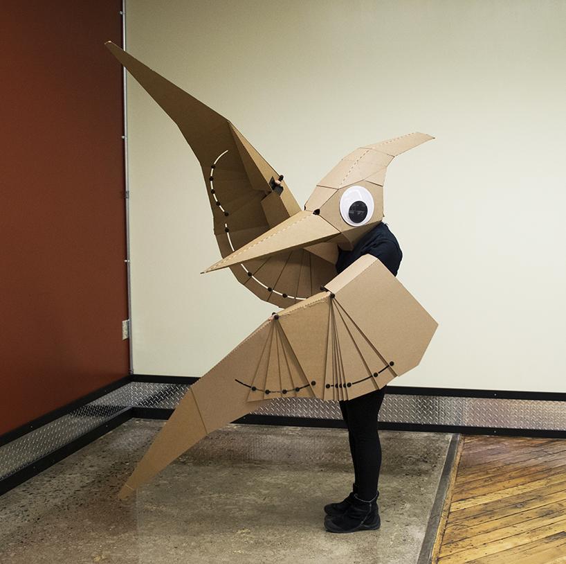lisa Glover Pterodactilo disfraz carton