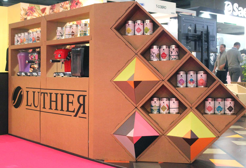 muebles carton Stand Intersicop feria ifema cafe cafeteras te geometrico personalizado luthier intersicop