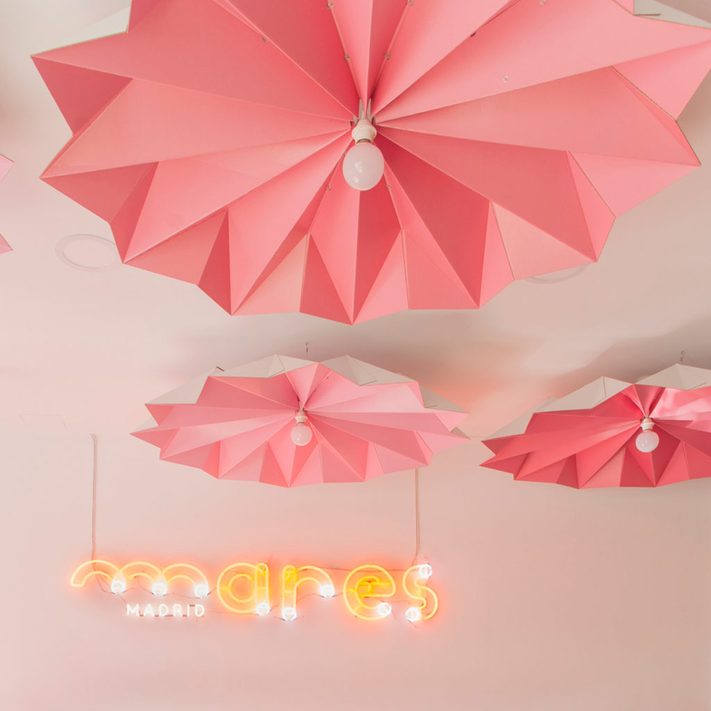 lámparas de techo origami carton