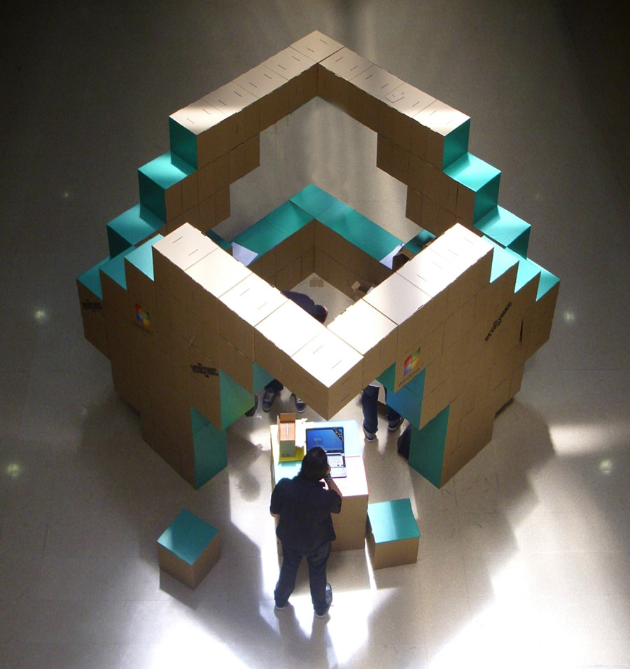 stand-carton-modular-cartonlab-microsoft-cardboard (3)