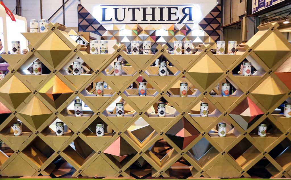 estanteria-carton-feria-stand-cartonlab-luthier