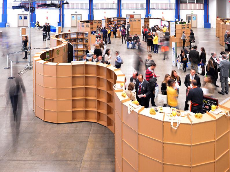 marketplace_stands_cardboard_cartonlab_003