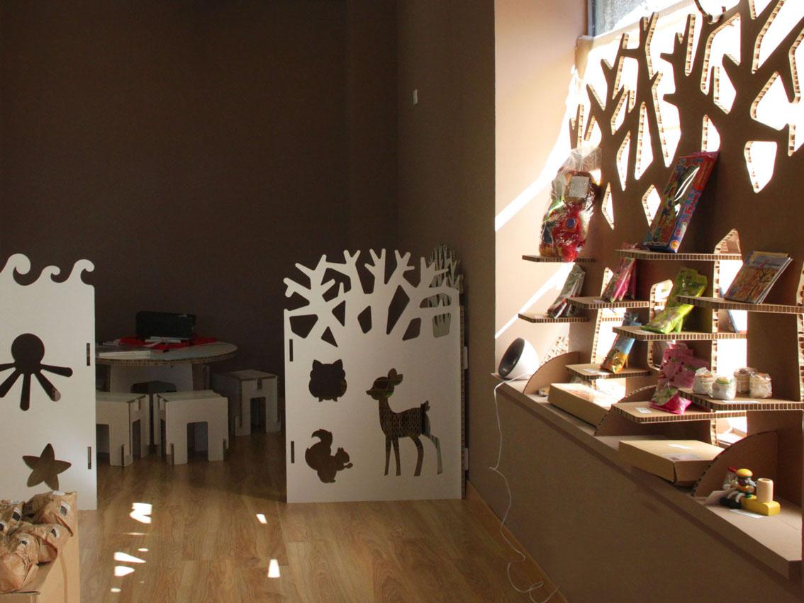 biombo arbol carton zona infantil tienda ecologica cartonlab
