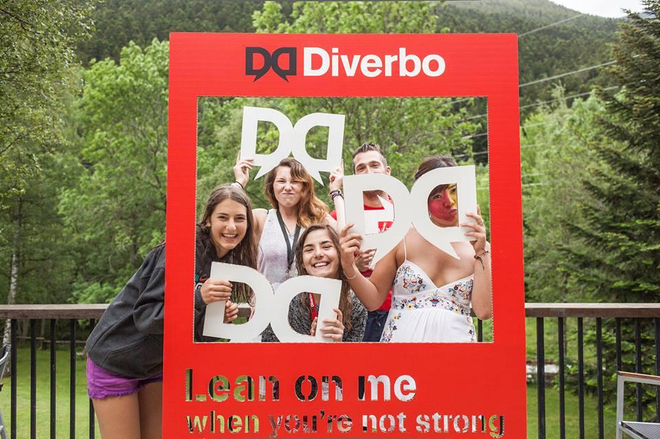 cartolab_photocall-carton_diverbo-3