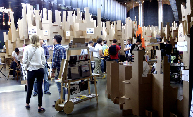 stand-carton-zincshower-cartonlab-01