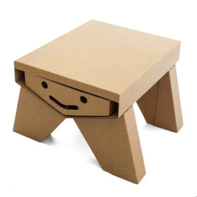 mesa pupitre infantil de cartón modelo sonrisa