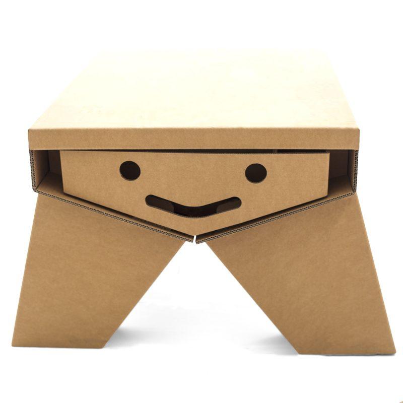 mesa pupitre para niños de cartón modelo sonrisa