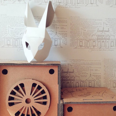 mascara conejo cartón plegada cartonlab