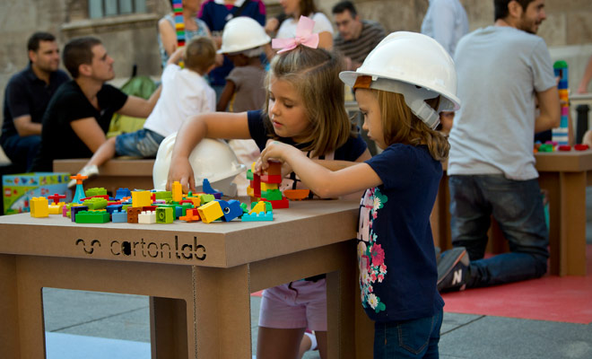 taller-cartonlab-niños-semana-arqutiectura-05