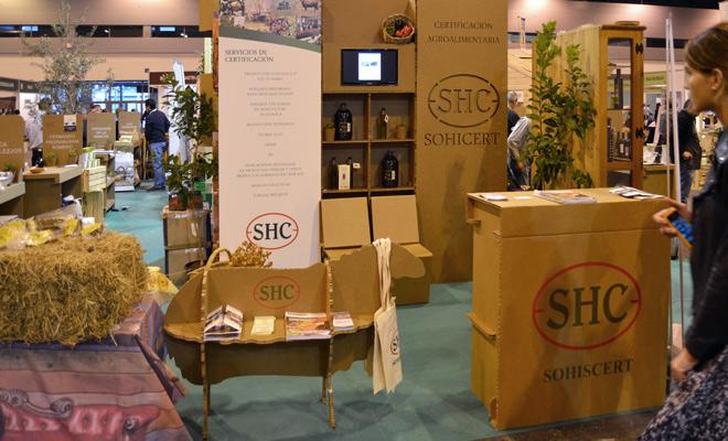 stand biocultura oveja expositor carton cartonlab sohiscert shc productos biologicos ecologicos 02b