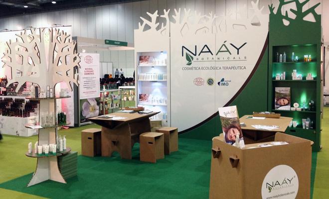 stand-london-cardboard-cartonlab-naay-botanicals-03