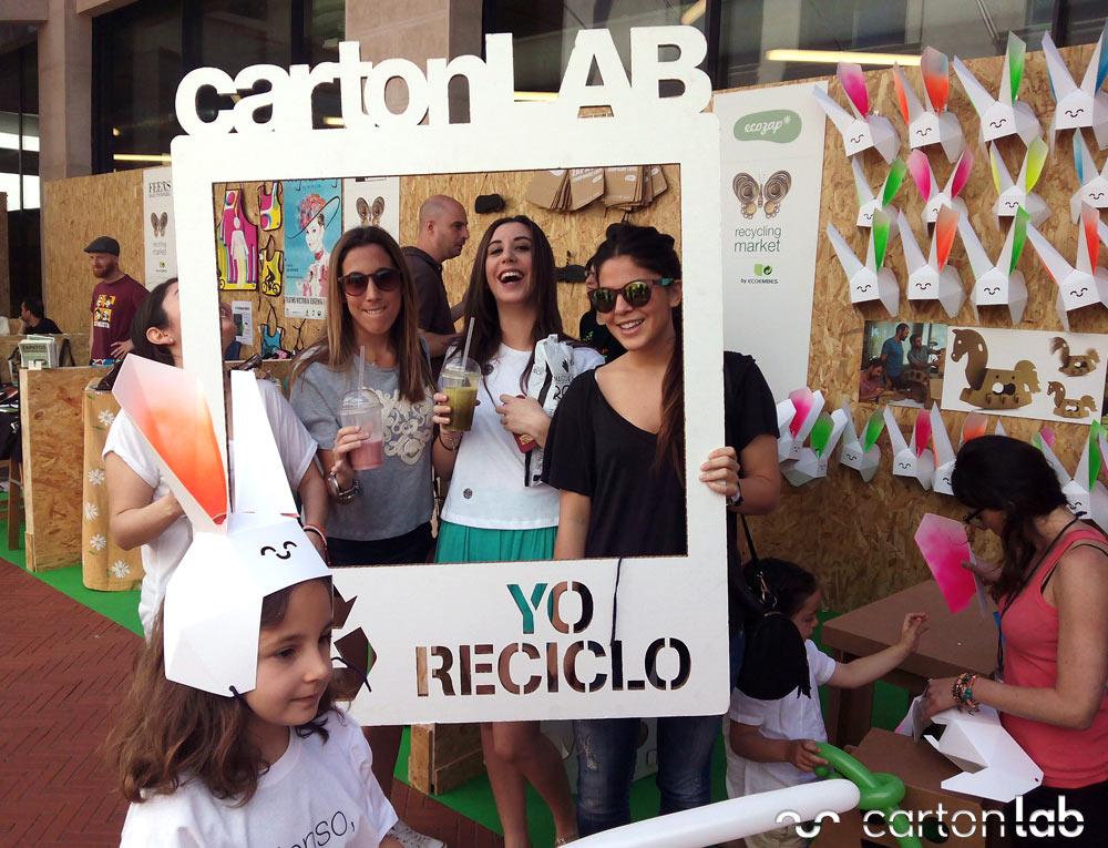 recycling-market-ecoembes-cartonlab-taller-carton-niños (10)
