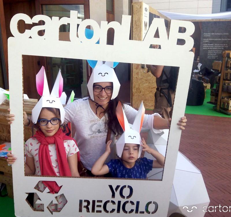 recycling-market-ecoembes-cartonlab-taller-carton-niños (11)