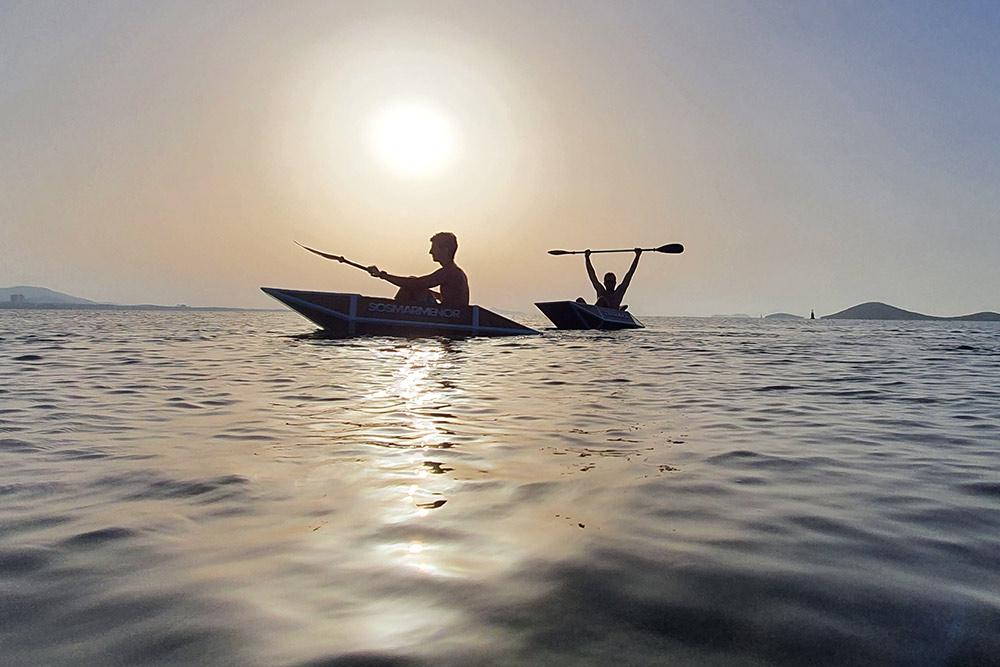 kayaking carton cartonlab mar