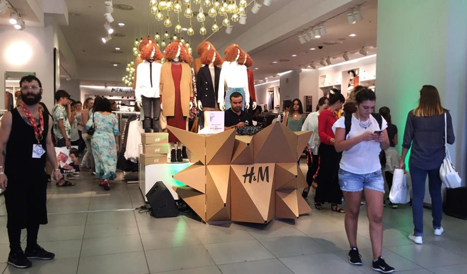 mesa-dj-booth-cardboard-cartonlab-vfn-hm (2)