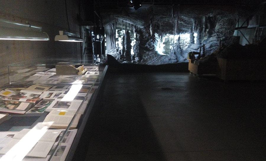 cueva-de-carton-processo-grottesco-arte-03