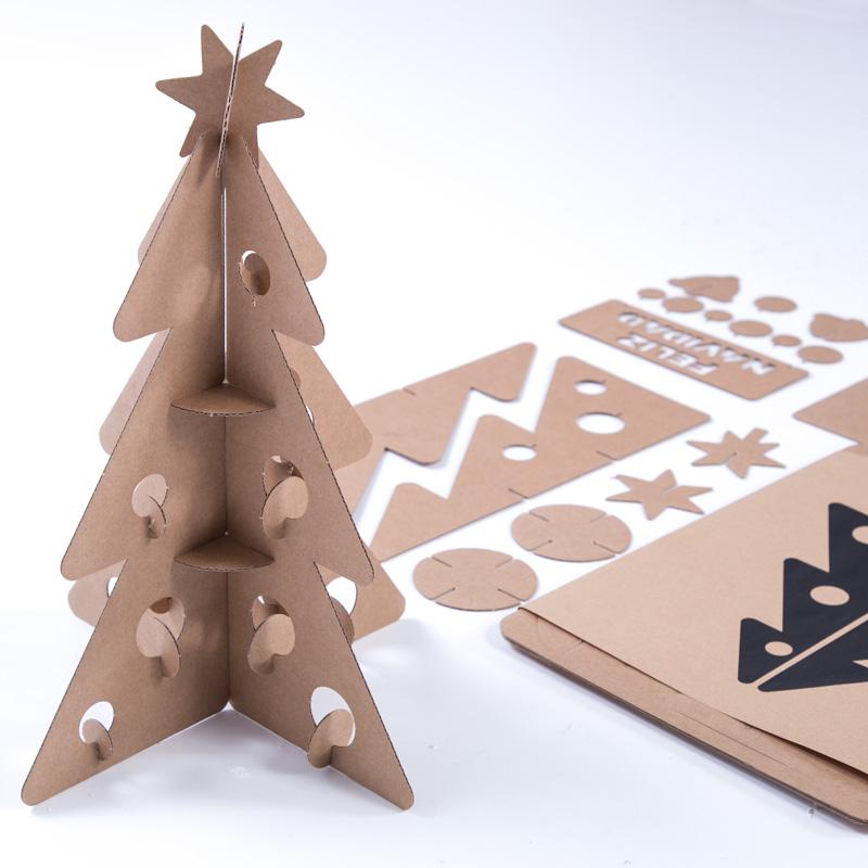 Árbol de Navidad pequeño composición