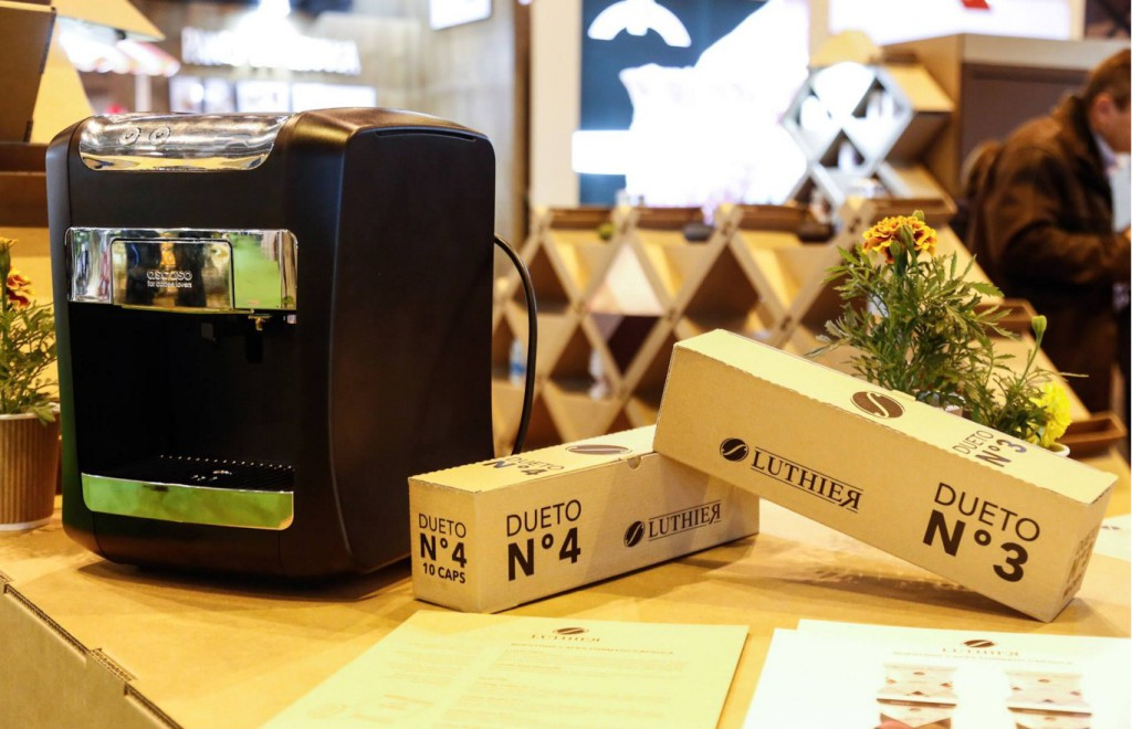 luthier-packaging-cafe-design-carton-cartonlab-cardboard-baja
