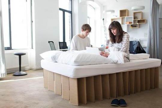 cama de carton estudiantes plegable ecologica cartonlab 1