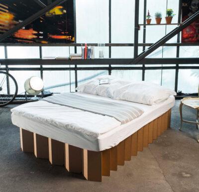 cama de cartón plegable