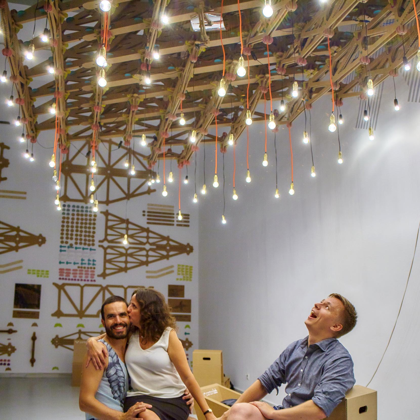 lampara-extensible-cartonlab-puertas-castilla-instalacion