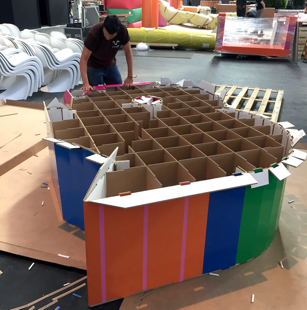 montaje-letras-carton-bread-butter-cartonlab
